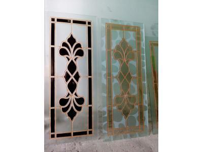 طراحی و  سند پلاست روی شیشه