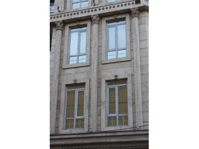 تعویض پنجره UPVC و شیشه دو جداره