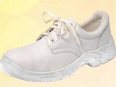 کفش سفید بهداشتی