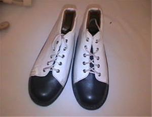 کلینیک ارتوپدی فنی نادر - تولید بهترین کفشهای طبی