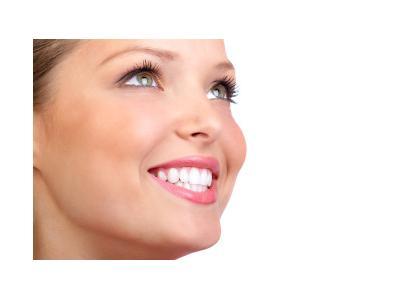مرکز کاشت دندان و زیبایی